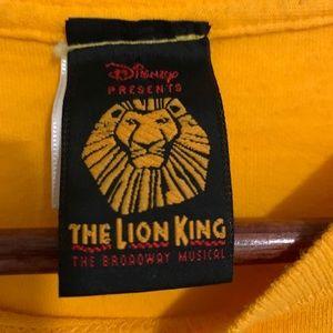 Vintage Disney Lion King Broadway graphic T-shirt